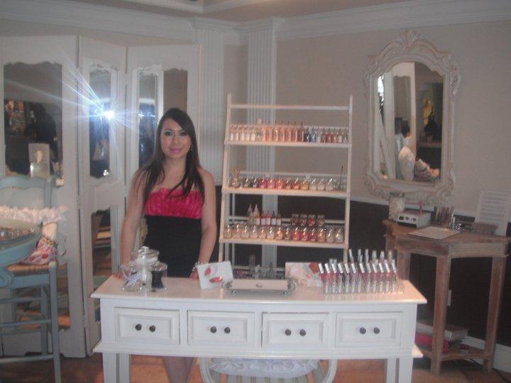 A look at nisha nails and spa giella custom blend for A new look nail salon